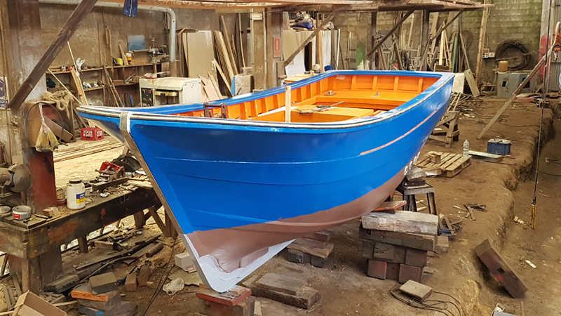Catoira Shipyard is building a new fishing boat.