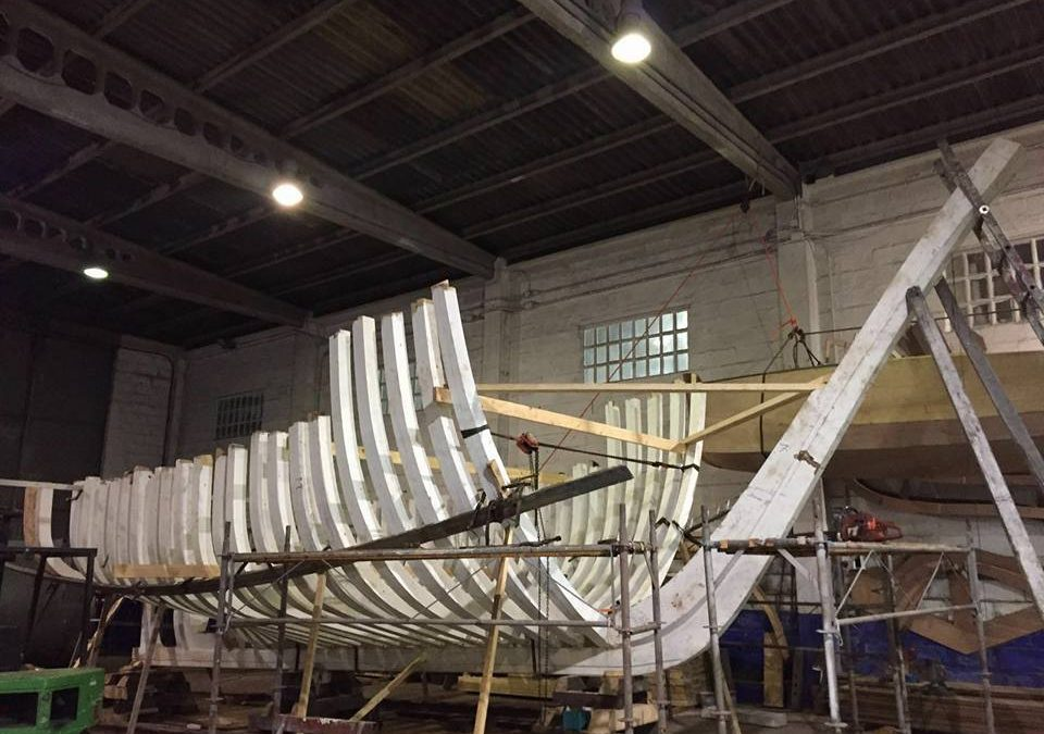 Triñanes shipyard builds a fishing boat.